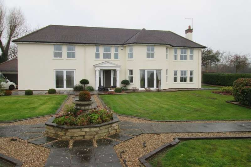 4 Bedrooms Detached House for sale in Deep Carrs Lane, Lindrick Common, Worksop, S81