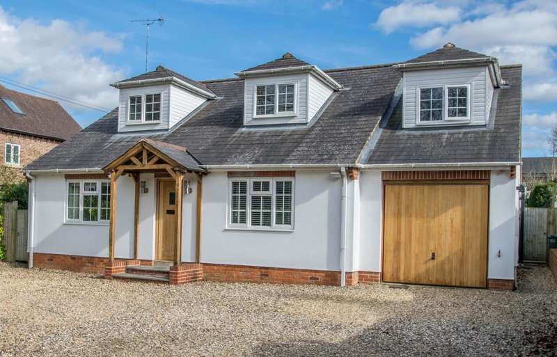 4 Bedrooms Detached House for sale in Wallingford Road, Goring-On-Thames, Reading, RG8