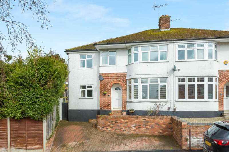 4 Bedrooms Semi Detached House for sale in Meadow Road, Berkhamsted