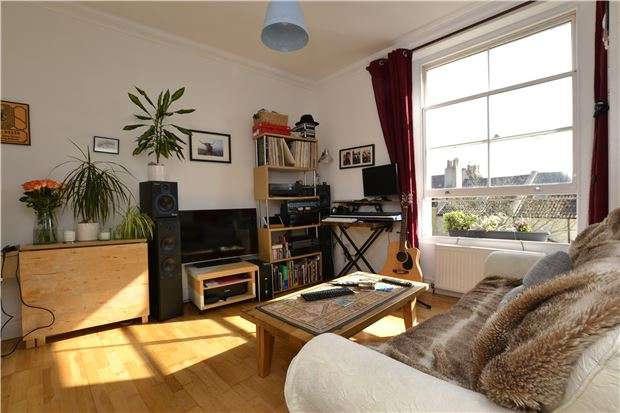 1 Bedroom Flat for sale in Richmond Road, Montpelier, BRISTOL, BS6 5EW