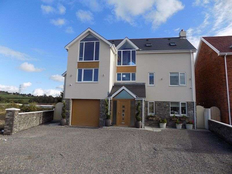5 Bedrooms Detached House for sale in Brook View Abergarw Farm, New Road, Brynmenyn, Bridgend. CF32 9LL