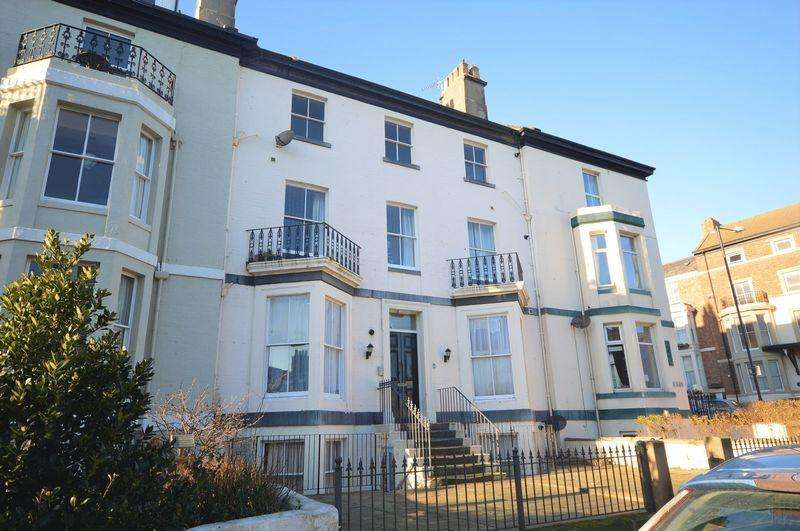 2 Bedrooms Apartment Flat for sale in 6 Havelock Place, Whitby