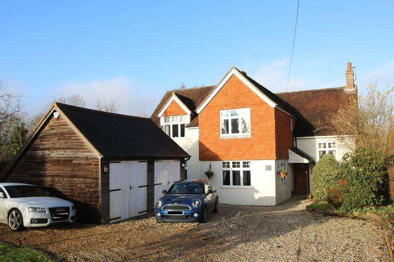 4 Bedrooms Detached House for sale in Church Street, Rudgwick