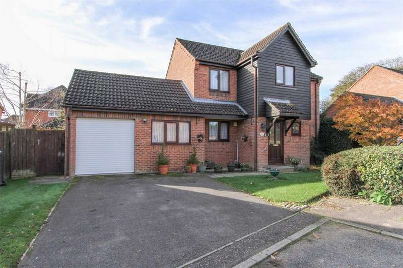 4 Bedrooms Detached House for sale in Windsor Park, Dereham, Norfolk