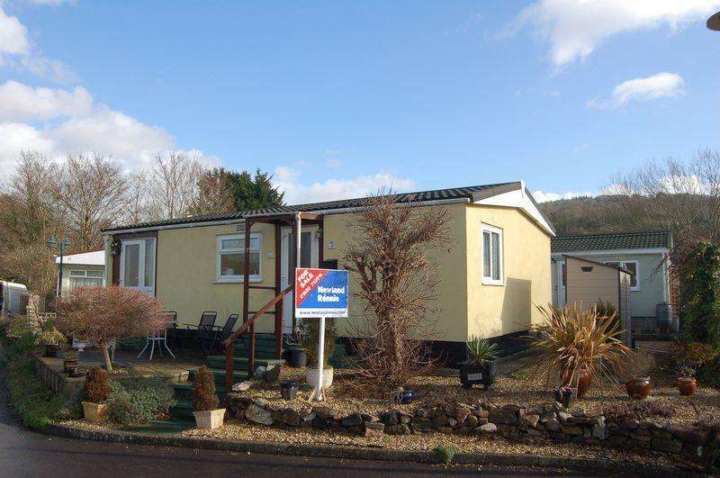 2 Bedrooms Park Home Mobile Home for sale in Riverside Park, Monmouth