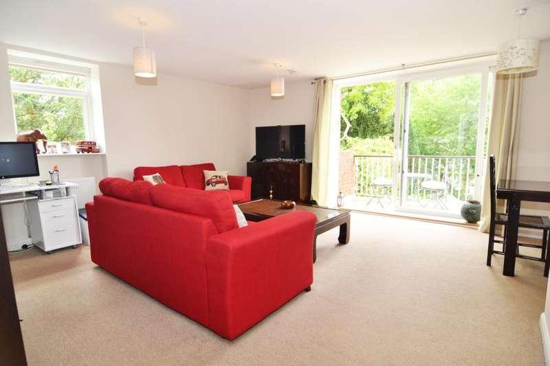 2 Bedrooms Flat for sale in River Reach, Teddington, TW11