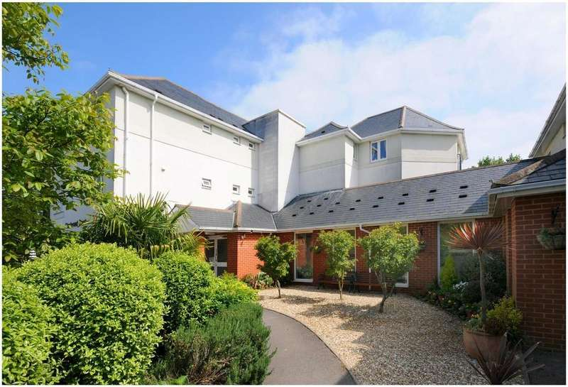 1 Bedroom Retirement Property for sale in Charlwood Court, St Marychurch