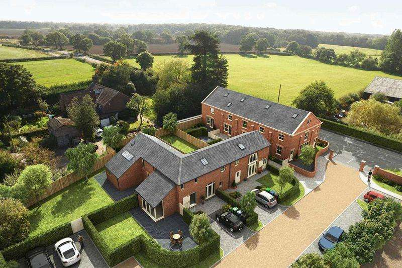 3 Bedrooms Barn Conversion Character Property for sale in Pear Tree Farm, Marthall