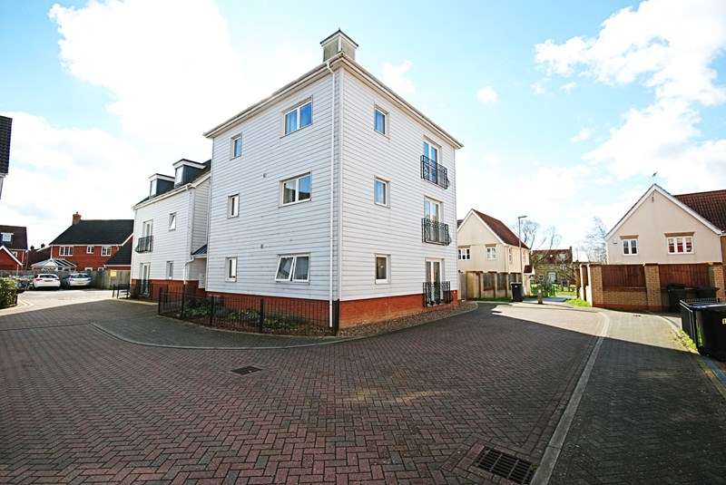 2 Bedrooms Flat for sale in Victory Court, Diss