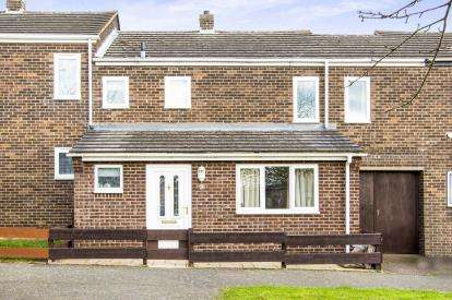 3 Bedrooms Terraced House for sale in Sycamore Drive, Huntingdon, Cambridgeshire, Uk