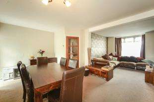 2 Bedrooms House for sale in Abbotts Road, Cheam, Sutton