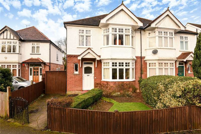 3 Bedrooms Semi Detached House for sale in Avenue Road, Pinner, Middlesex, HA5