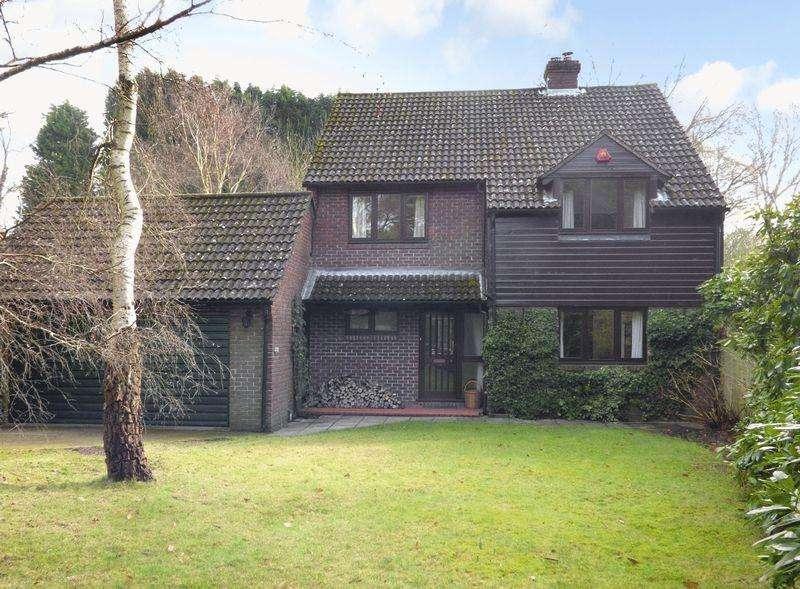 4 Bedrooms Detached House for sale in Great Rough, Newick