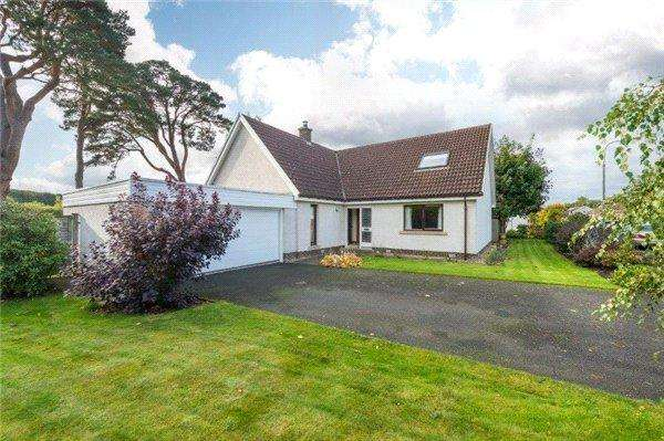 4 Bedrooms Detached House for sale in 12 Tweedsyde Park, Kelso, Scottish Borders, TD5