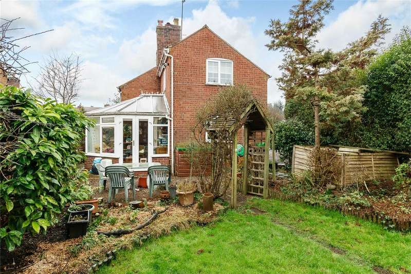 2 Bedrooms End Of Terrace House for sale in New Road, Cleobury Mortimer, Kidderminster, Shropshire