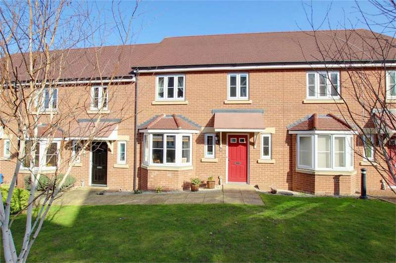 4 Bedrooms Terraced House for sale in Abbess Terrace, Loughton, Essex