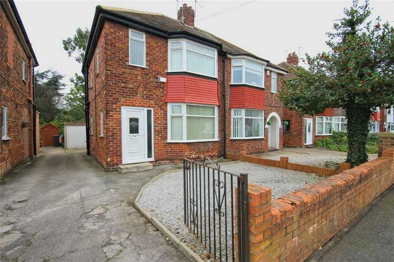 3 Bedrooms Semi Detached House for sale in Golf Links Road, Hull, East Riding of Yorkshire