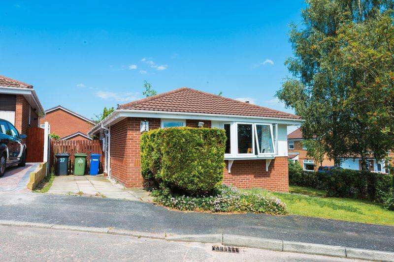 3 Bedrooms Detached Bungalow for sale in Wolverton Drive, Norton, Runcorn