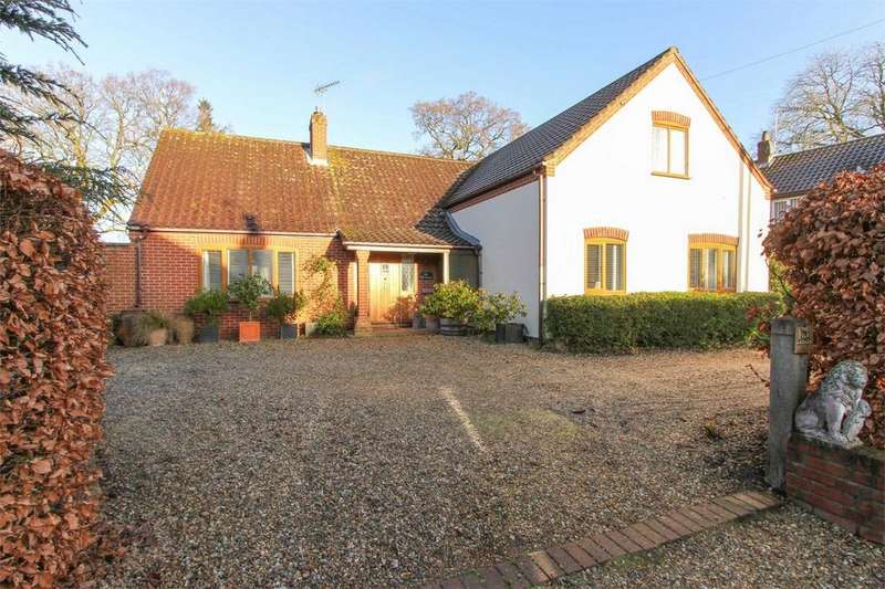3 Bedrooms Detached Bungalow for sale in The Old Garage, The Street, Little Dunham, Norfolk
