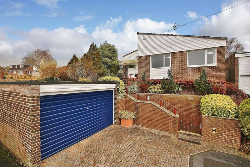 3 Bedrooms Detached Bungalow for sale in Oliver's Battery, Winchester