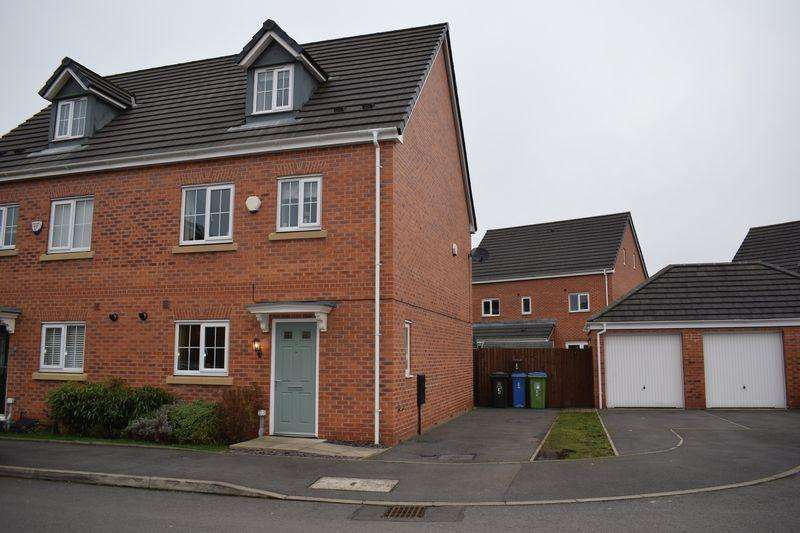 4 Bedrooms Semi Detached House for sale in West Malling Close, Heywood