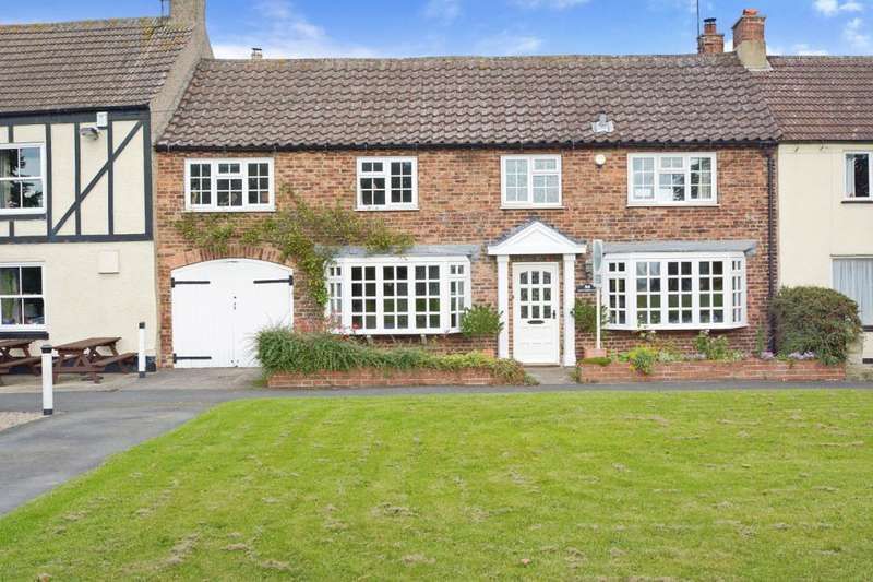 3 Bedrooms Terraced House for sale in The Green, Kirklington, Bedale
