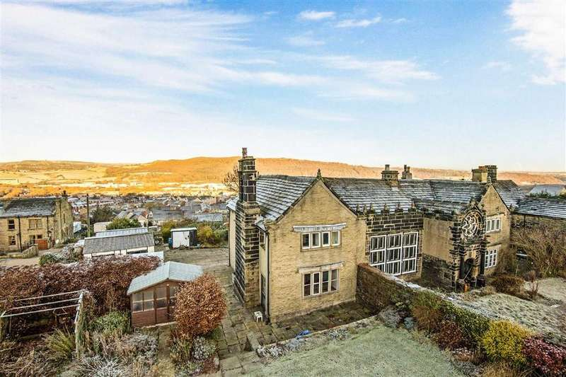 3 Bedrooms Semi Detached House for sale in Off Whitwell Green Lane, Halifax