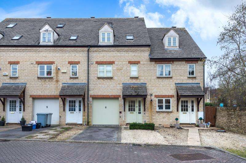 4 Bedrooms Terraced House for sale in Waine Rush View, Witney, Oxfordshire