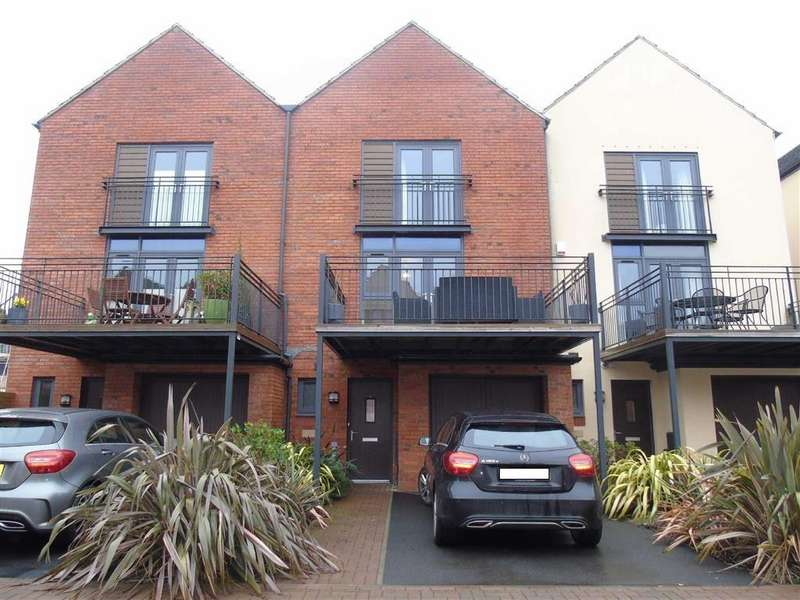 3 Bedrooms Terraced House for sale in Yr Hafan, Swansea