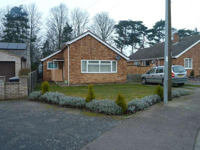 2 Bedrooms Detached Bungalow for sale in Sandgalls Road, Lakenheath