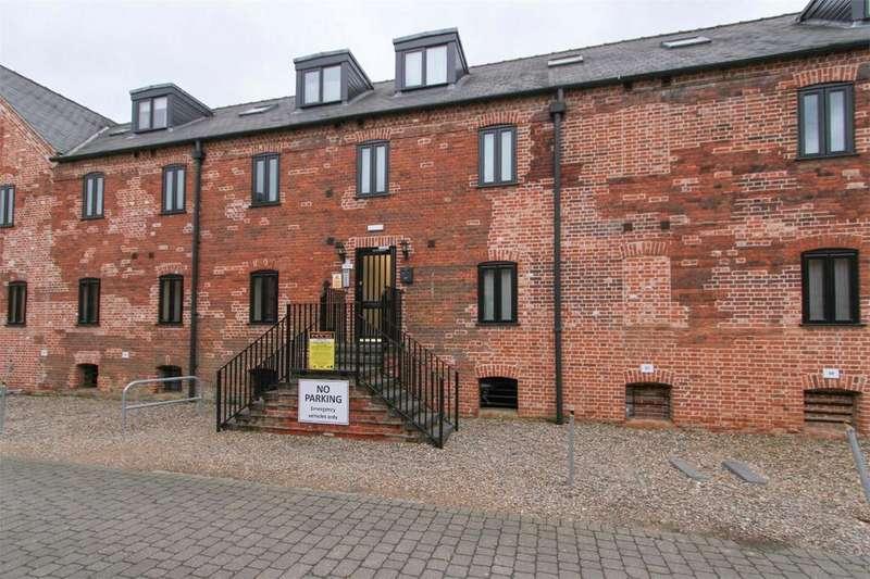2 Bedrooms Maisonette Flat for sale in The Maltings, Dereham, Norfolk