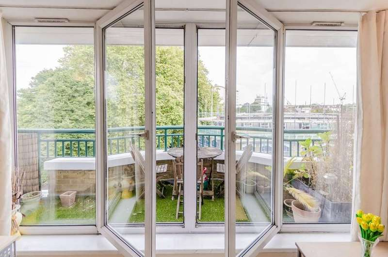 1 Bedroom Apartment Flat for sale in Stoke Newington High Street, London