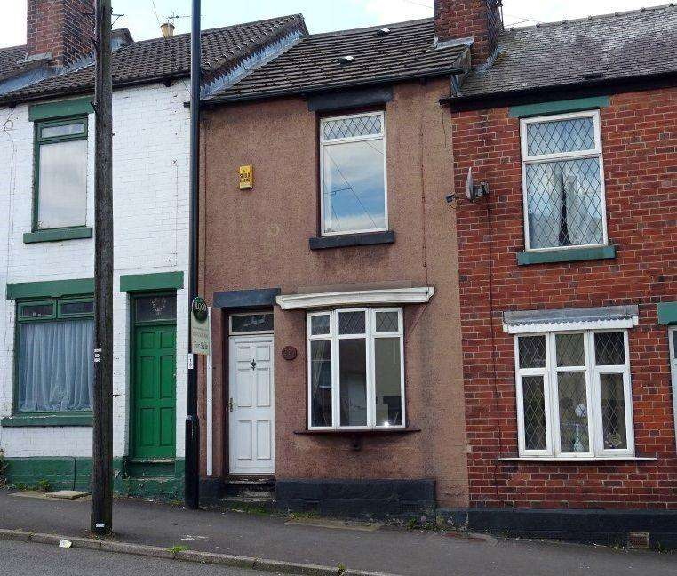2 Bedrooms Terraced House for sale in 210 Woodseats Road, Woodseats, Sheffield S8