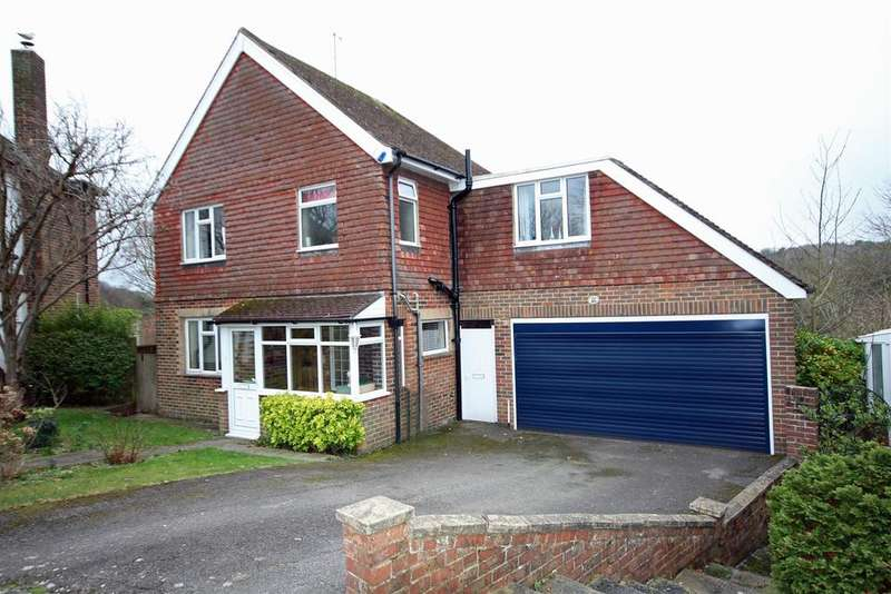 5 Bedrooms Detached House for sale in Ridgeside Avenue, Patcham, Brighton