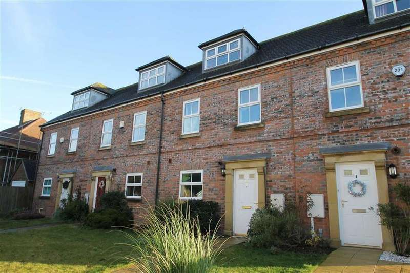 3 Bedrooms Terraced House for sale in Highdown Close, Angmering, West Sussex