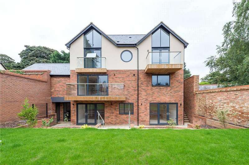 4 Bedrooms Detached House for sale in Church Street, Aspley Guise, Milton Keynes, Bedfordshire