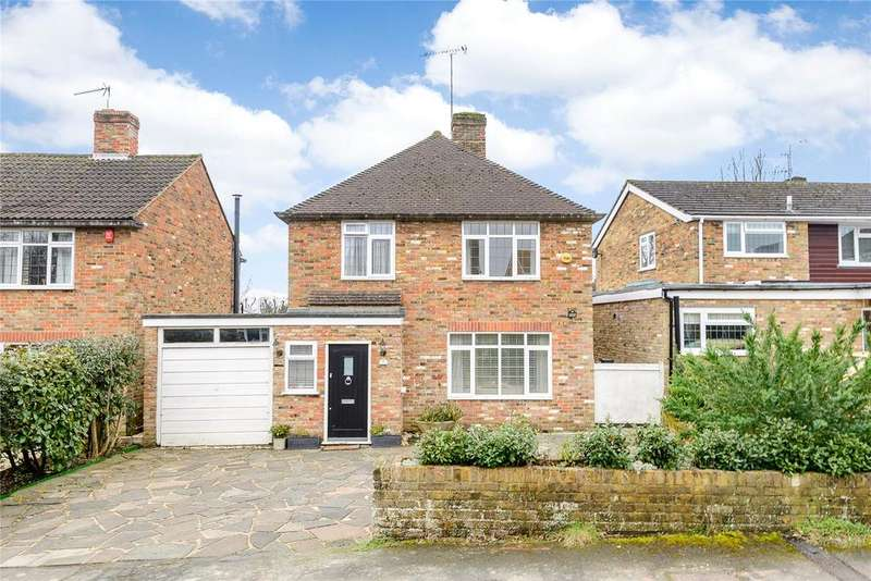 4 Bedrooms Detached House for sale in Broom Hill, Stoke Poges, Buckinghamshire