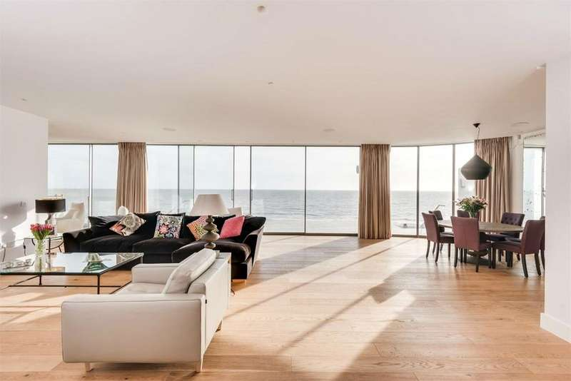 4 Bedrooms Terraced House for sale in Western Esplanade, Brighton, BN41