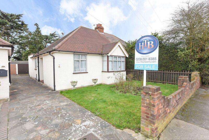 2 Bedrooms Property for sale in Rosemary Avenue, West Molesey