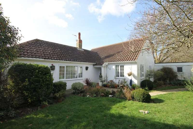 3 Bedrooms Detached Bungalow for sale in Parkside, Shoreham-by-Sea