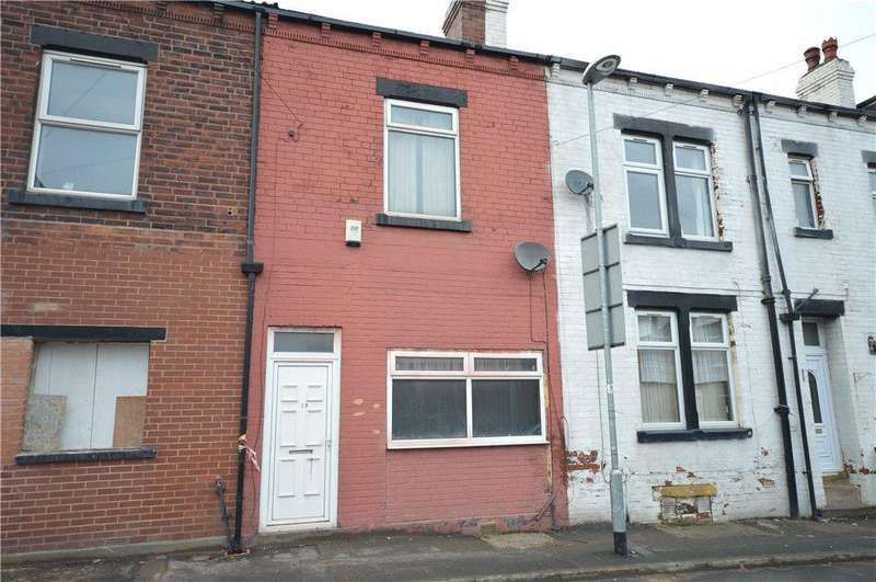 4 Bedrooms Town House for sale in Theodore Street, Leeds, West Yorkshire