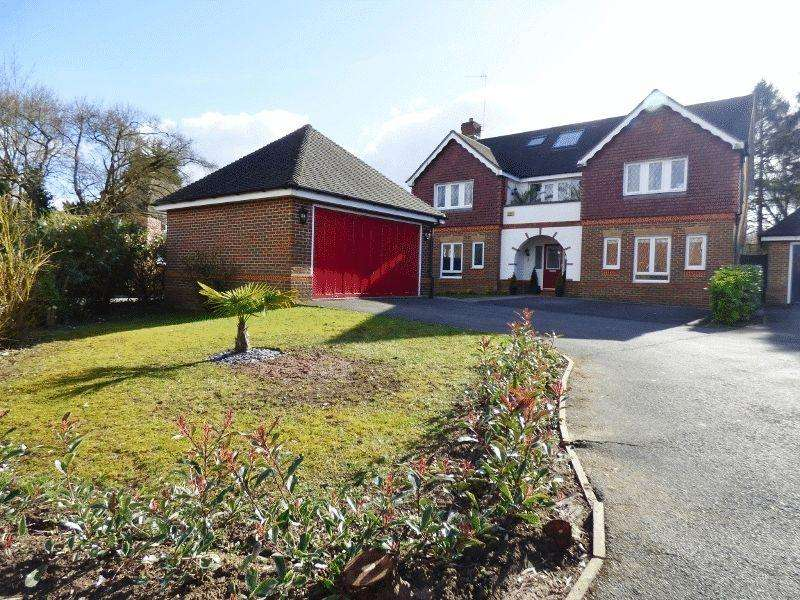 6 Bedrooms Detached House for sale in LEATHERHEAD