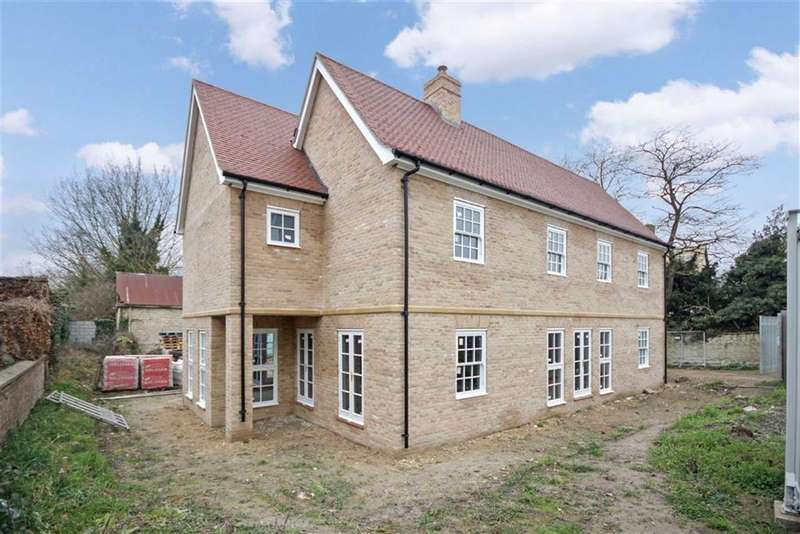 5 Bedrooms Property for sale in Low Road, Burwell, Cambridge