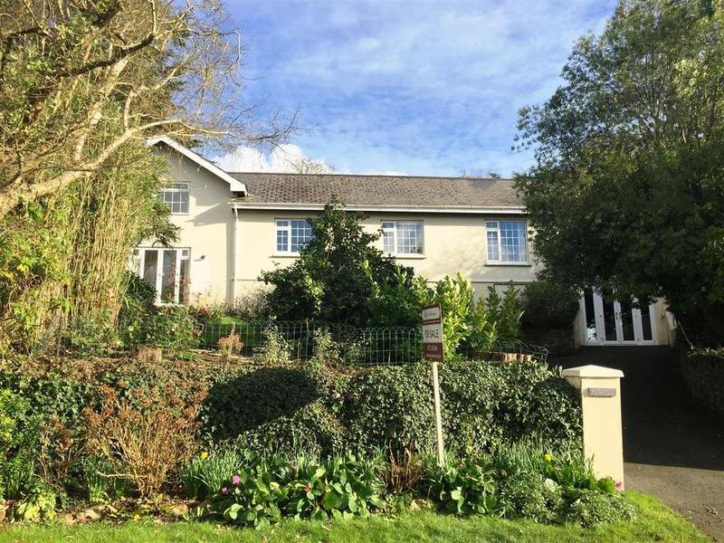 4 Bedrooms Detached Bungalow for sale in Old Falmouth Road, Truro