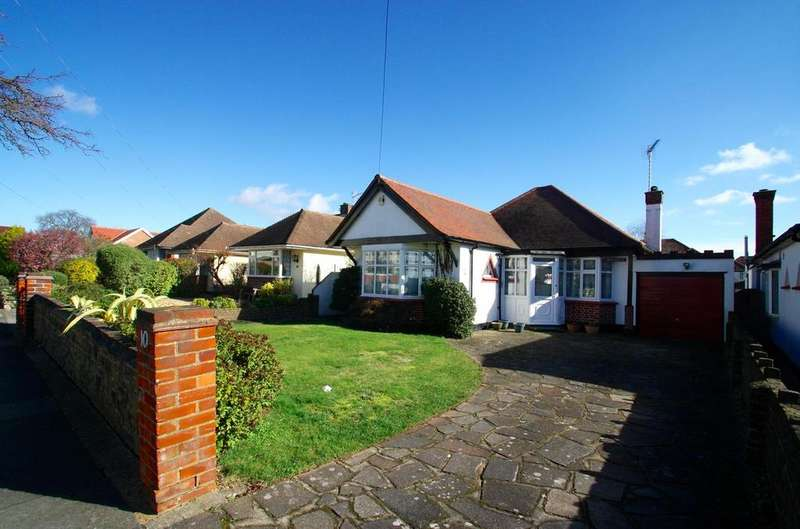 3 Bedrooms Detached Bungalow for sale in Berkeley Gardens, Leigh-On-Sea