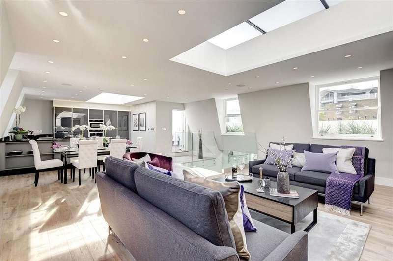 3 Bedrooms House for sale in Warwick Gardens, Kensington, London, W14