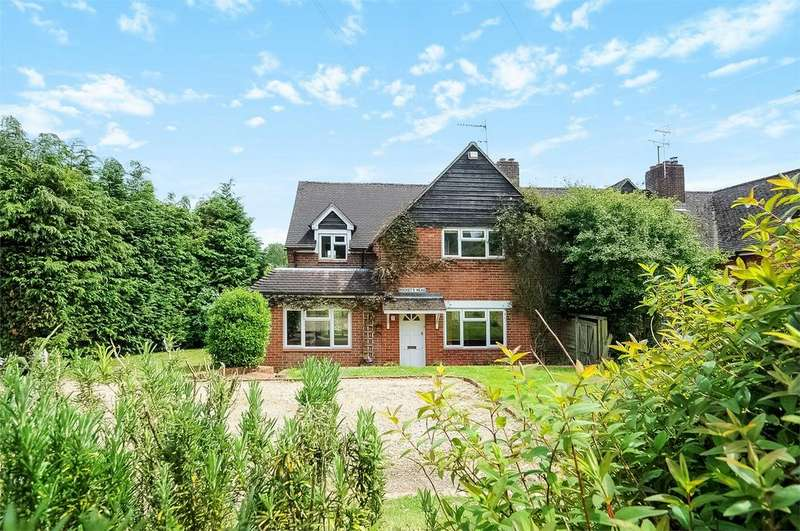 3 Bedrooms Semi Detached House for sale in Easton, Winchester, Hampshire