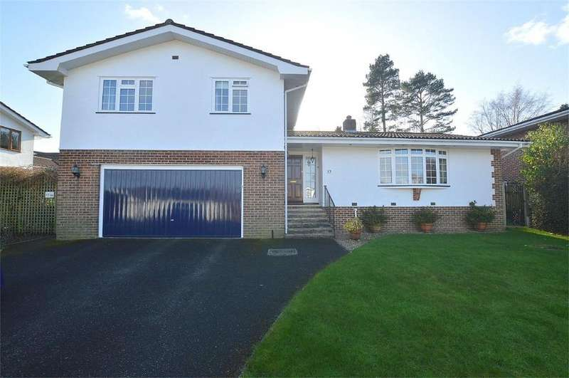 4 Bedrooms Detached House for sale in Merriefield Avenue, BROADSTONE