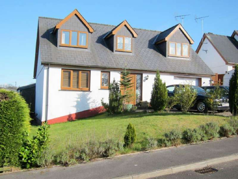 4 Bedrooms House for sale in Green Meadow, New Inn, Carmarthenshire