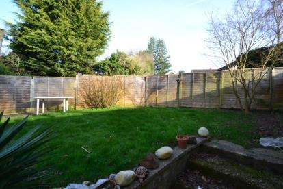 2 Bedrooms Maisonette Flat for sale in Danbury, Chelmsford, Essex